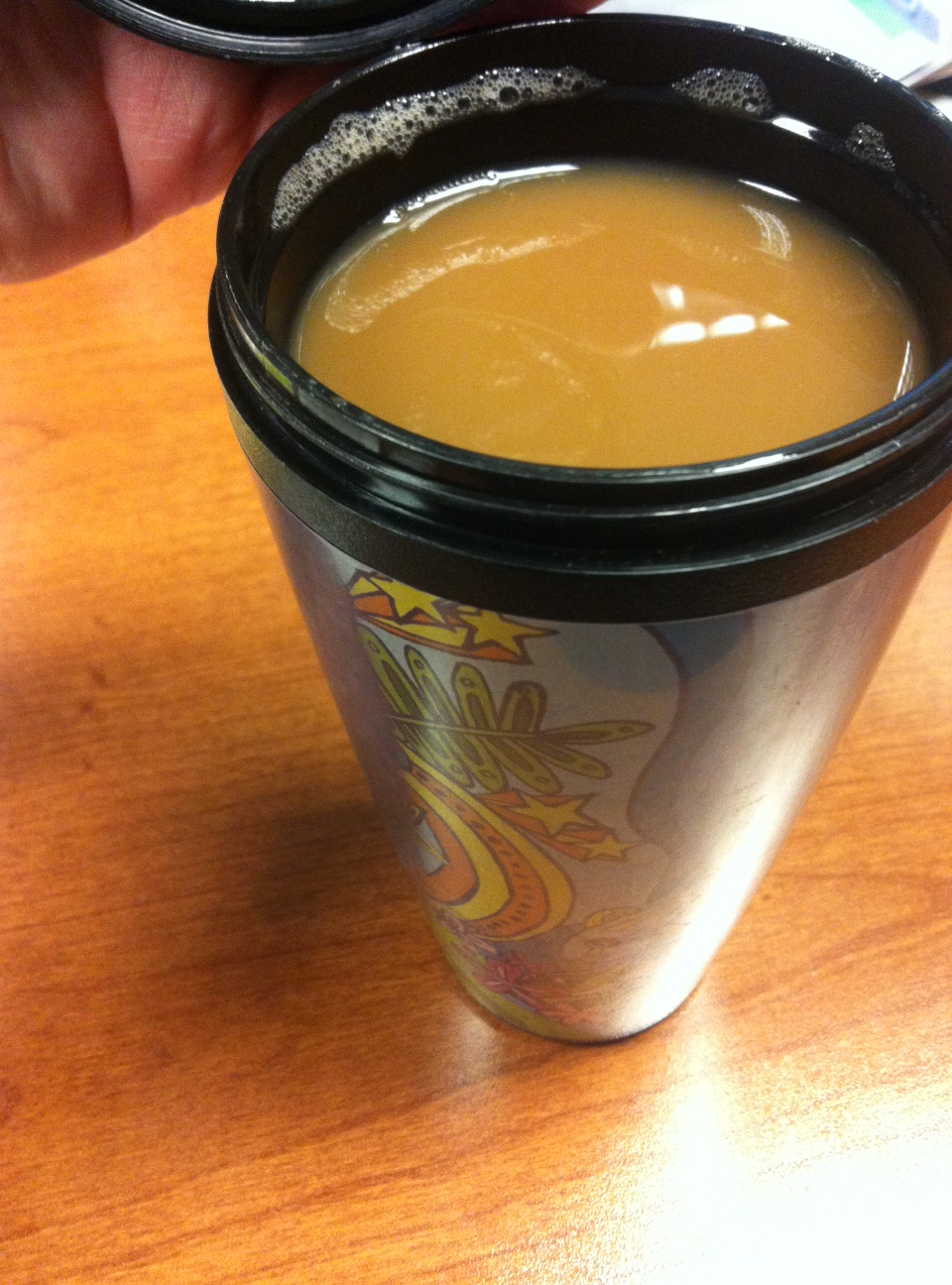 coffee with almond milk and cinnamon